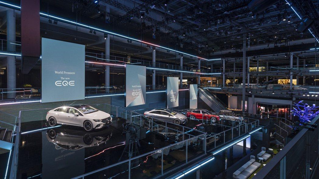 Mercedes-Benz在今年慕尼黑車展上展出多輛EQ Family純電車型,...
