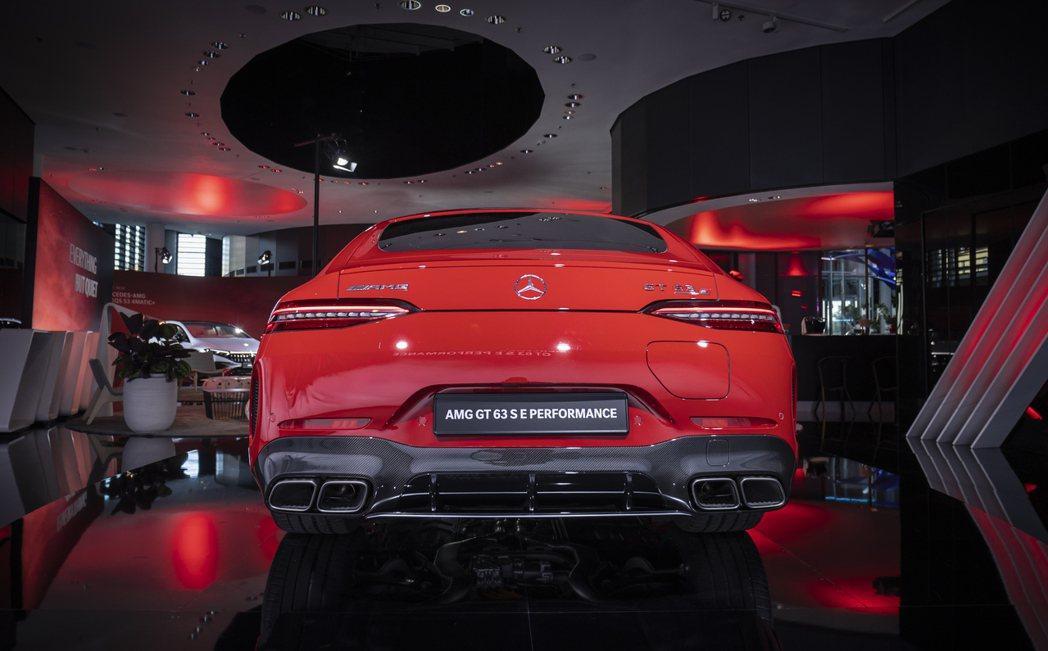 Mercedes-AMG GT 63 S E Performance綜效馬力可榨...