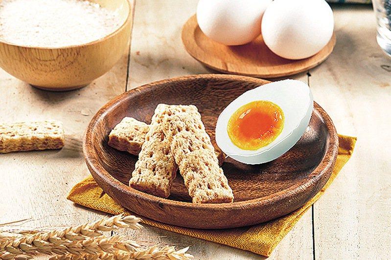 ▲老楊方塊酥的鹹蛋黃方塊酥。  圖:老楊食品股份有限公司/提供