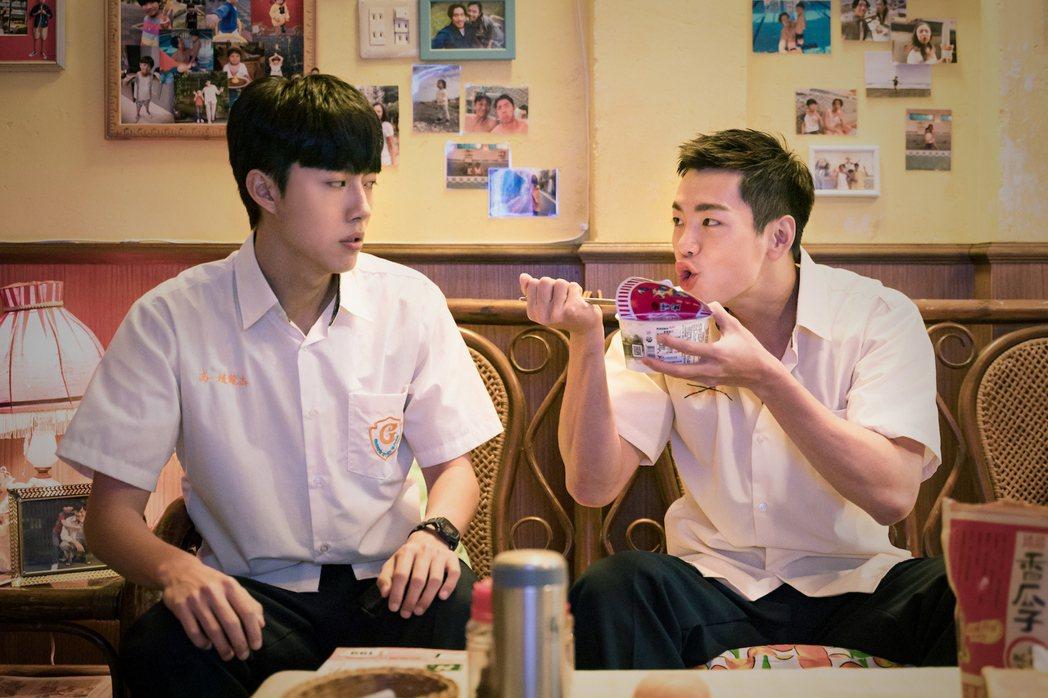 蔡凡熙(左)爆料禾浩辰有嚴重潔癖。圖/羚邦集團提供