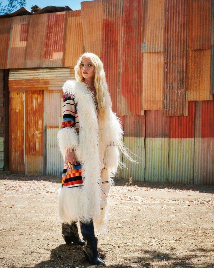 Anya Taylor-Joy登上時尚雜誌。圖/摘自instagram
