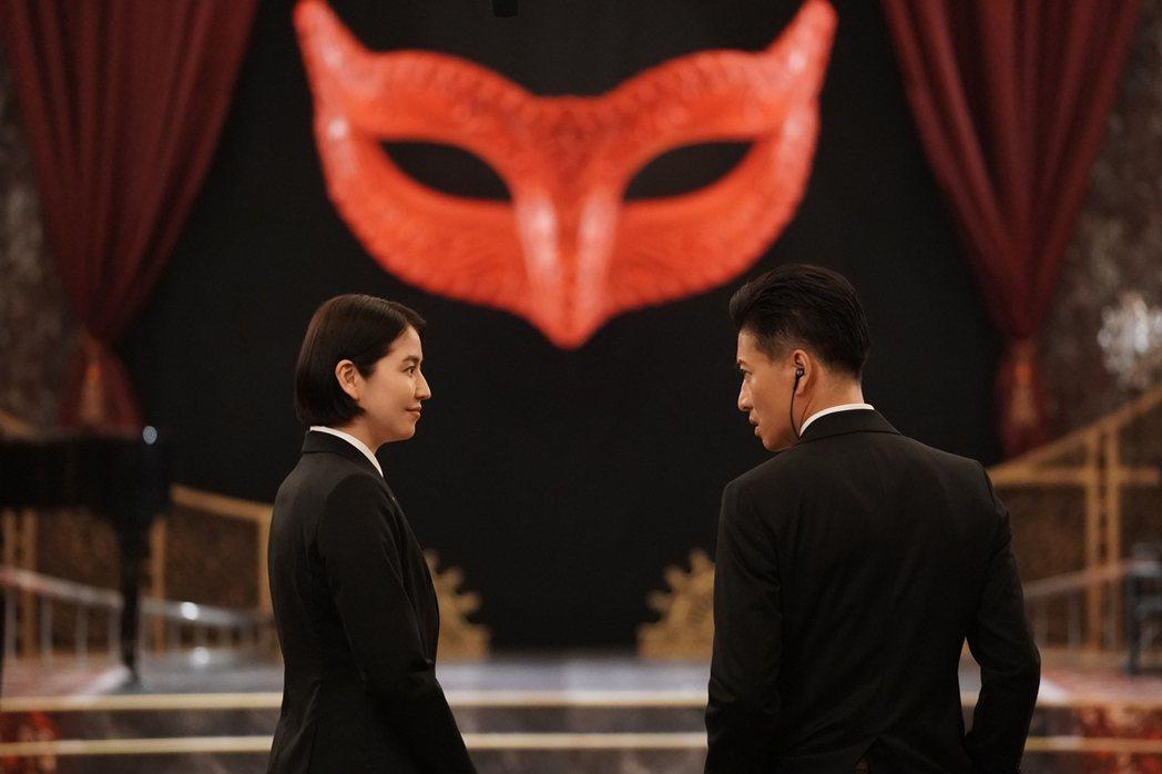 《假面飯店2》木村拓哉、長澤雅美不是冤家不聚頭。龍祥提供