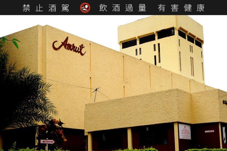 雅沐特酒廠創立於1948年,位於印度班加羅爾。圖/豪邁國際提供。提醒您:禁止酒駕...