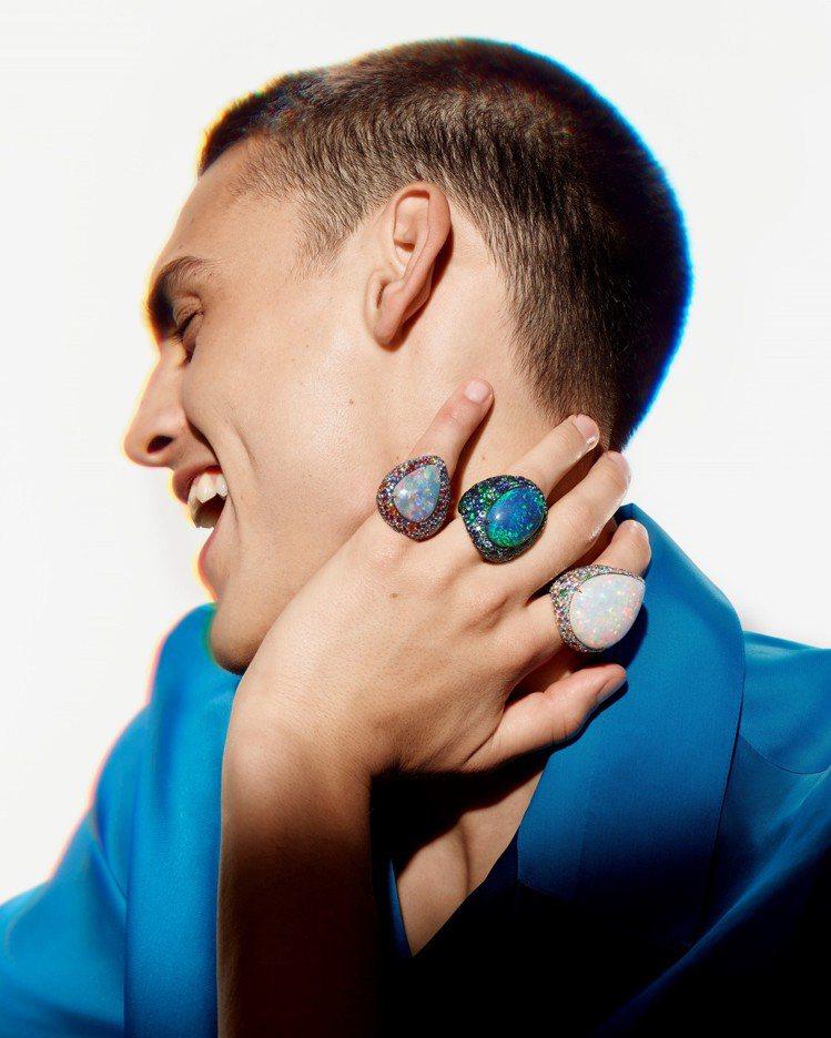 Boucheron Illusion蛋白石戒指,三枚中央鑲嵌來自澳洲與衣索比亞的...