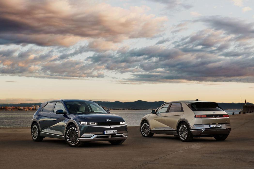 品牌首款建構在E-GMP底盤的純電動車Hyundai IONIQ 5。 摘自Hy...