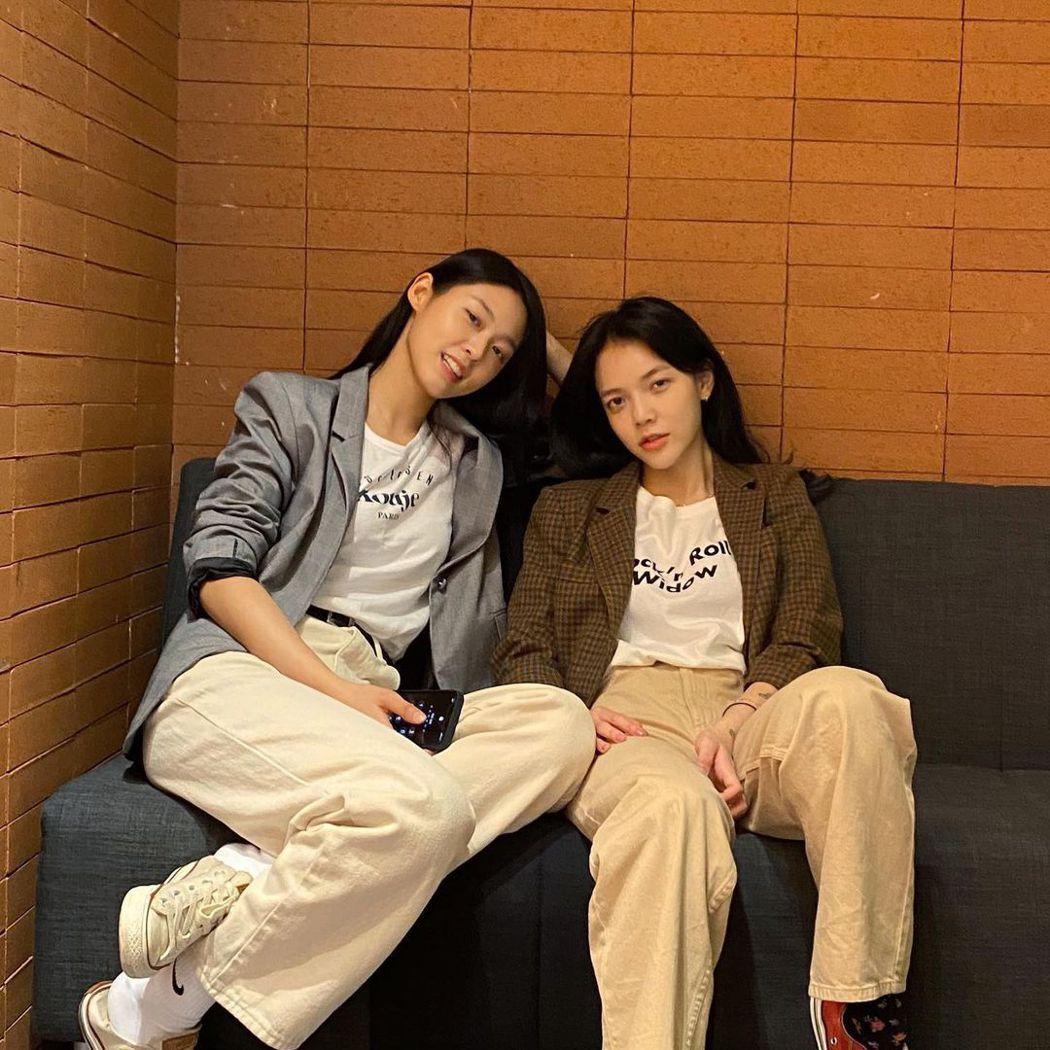 智珉與雪炫。圖/擷自IG