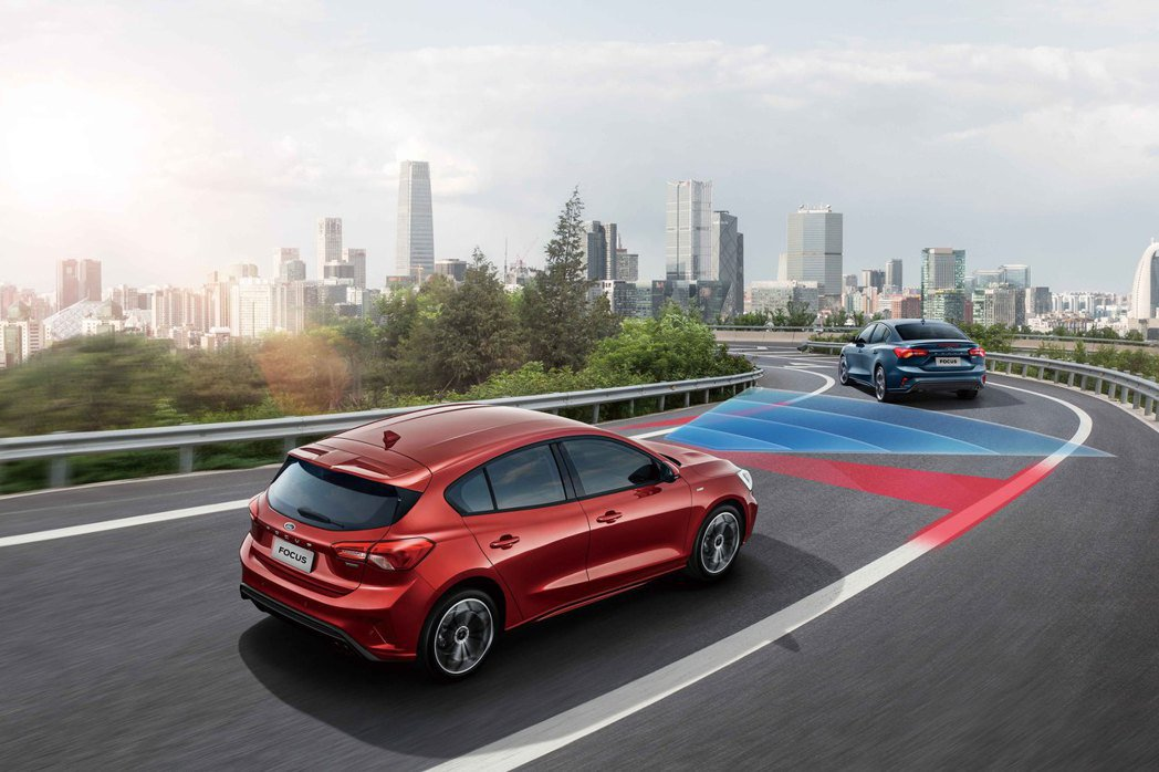 New Ford Focus 2022年式四門/五門ST-Line Lommel...