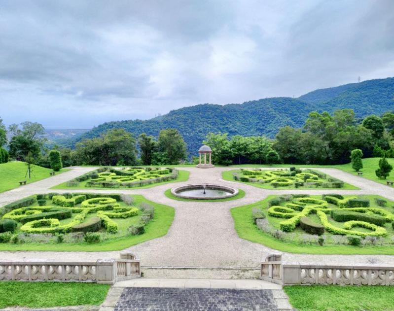 法蘭西庭園宛如法式宅邸的庭院,異國風味濃厚(圖來源/欣傳媒資料庫)