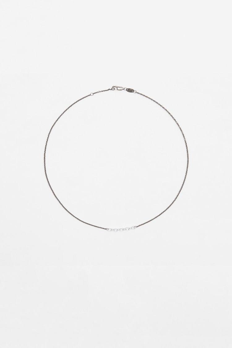 ZARA純銀鋯石項鍊1,490元。圖/ZARA提供