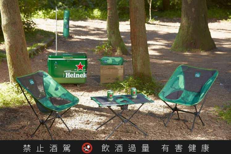 Heineken x Helinox聯手打造「文字迷彩」,紋路表情豐富獨特。圖 ...
