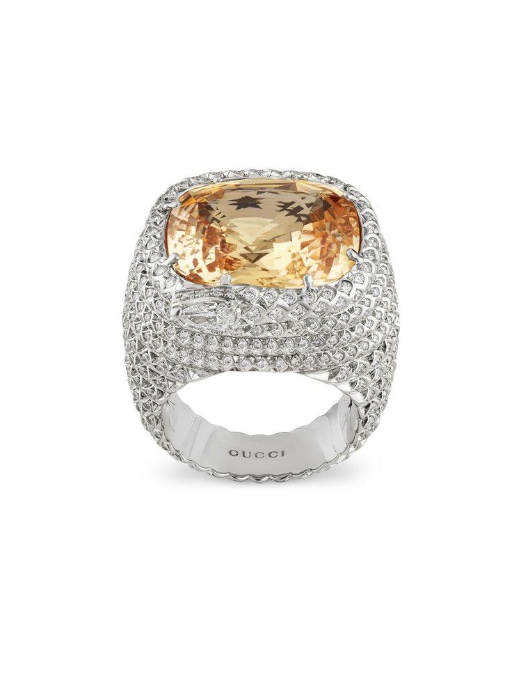 GUCCI歡愉花園「Solitaires單顆寶石」系列橘色剛玉白金鑲鑽戒指,約6...