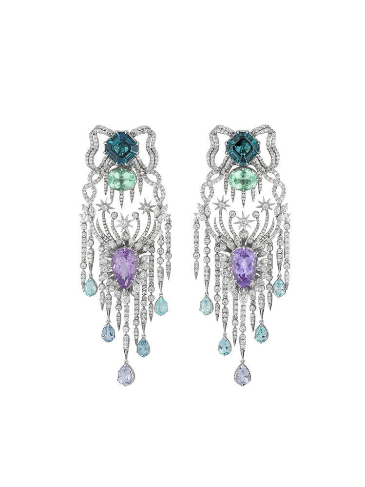 GUCCI歡愉花園「玫瑰花園」系列藍綠Paraiba碧璽與尖晶石白金鑲鑽耳環,約...