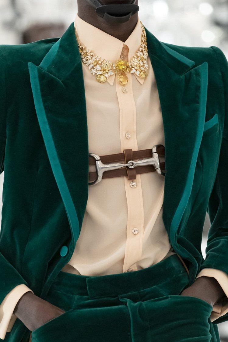 在GUCCI眼中高級珠寶不限於性別,更多時刻也能由男性配戴。圖 / GUCCI提...
