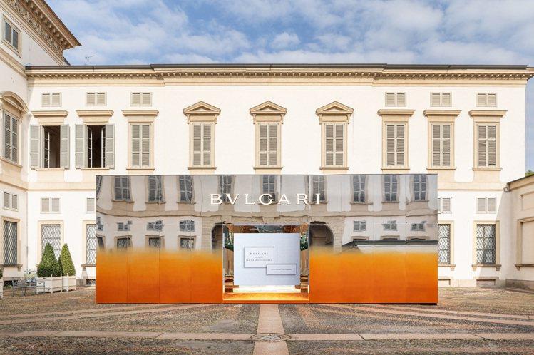 寶格麗於米蘭現代藝術博物館展美麗的庭院外的展覽空間出「蛻變」展覽。圖/寶格麗提供