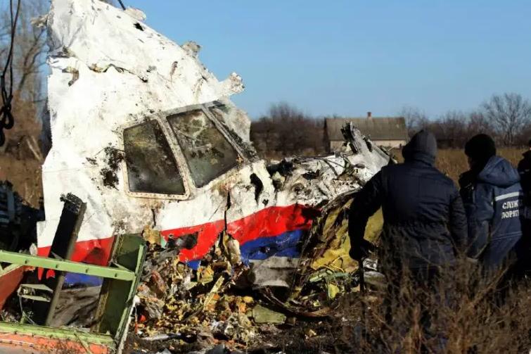 烏克蘭前高階軍事官員向CNN透漏,他們透過「誘騙計畫」讓俄羅斯嫌疑人主動交出擊落馬航MH-17班機的照片及影片。 路透