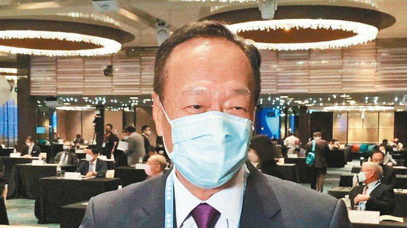 鴻海創辦人郭台銘昨天獲推舉出任「兩岸企業家峰會」台灣副理事長。讀者/提供