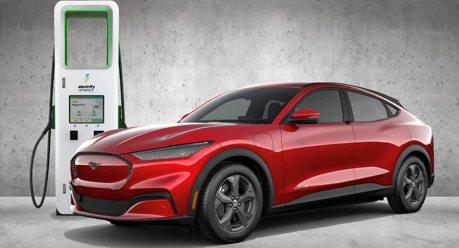紐約州宣布 2035年起所有新款轎車、卡車須為零排放