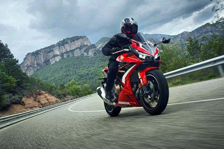 售價30萬內、11月交車!2022年式Honda Motorcycle CBR500R上市
