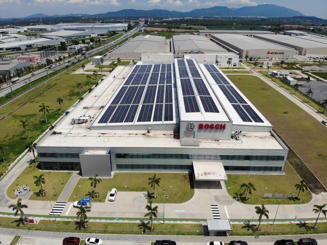 德國BOSCH於泰國東部經濟特區 (EEC) 的智慧工廠設立無線 5G 信號的測...