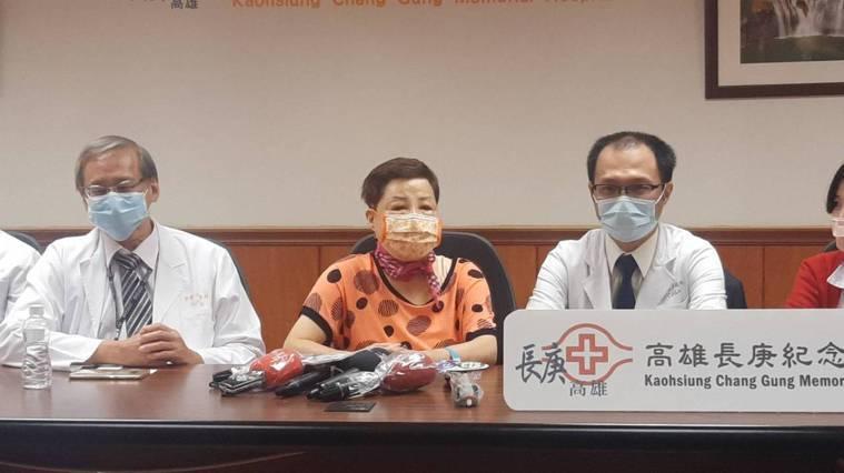 高雄68歲林姓婦人今年2月接受高雄長庚醫院肺臟移植手術,成為高長首例肺臟移植成功...