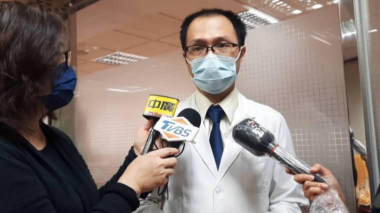 高雄長庚醫院心臟血管胸腔外科主治醫師羅乾鳴表示,新冠康復者是否能捐贈肺臟有待研究...