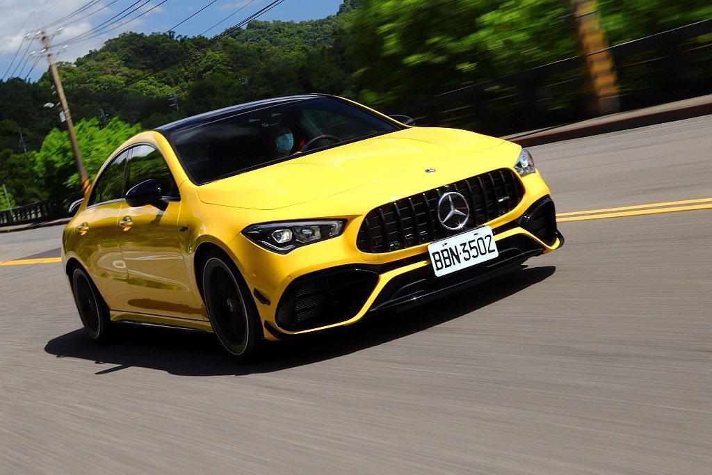 這具現行量產最強2.0L四缸渦輪引擎,能讓Mercedes-AMG CLA 45...