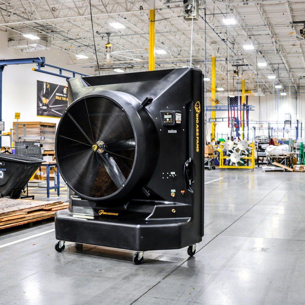 冷鋒Cold Front 400型冷卻扇適合大型廠房或戶外,覆蓋範圍近百坪每小時...
