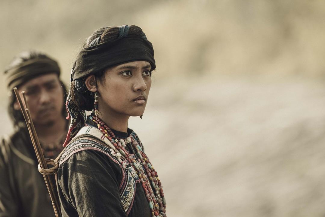 公視劇集「斯卡羅」播出後成功帶動原住民演員的高人氣,最受網友青睞的「斯卡羅公主」程苡雅,今年15歲,拍攝時年僅13歲,她以穩健的台風與氣場,超齡詮釋斯卡羅大股頭卓杞篤的16歲女兒「烏米娜」,網友們津...