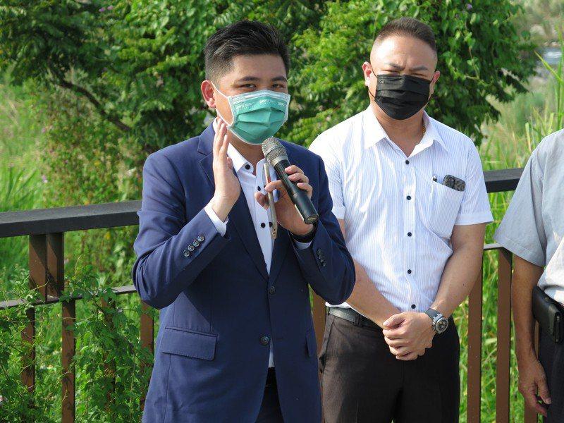 民進黨新竹市黨部主委陳建名今天表示,國民黨的各項舉動與發言,只是想讓大新竹合併升格的議題破局。記者張裕珍/攝影