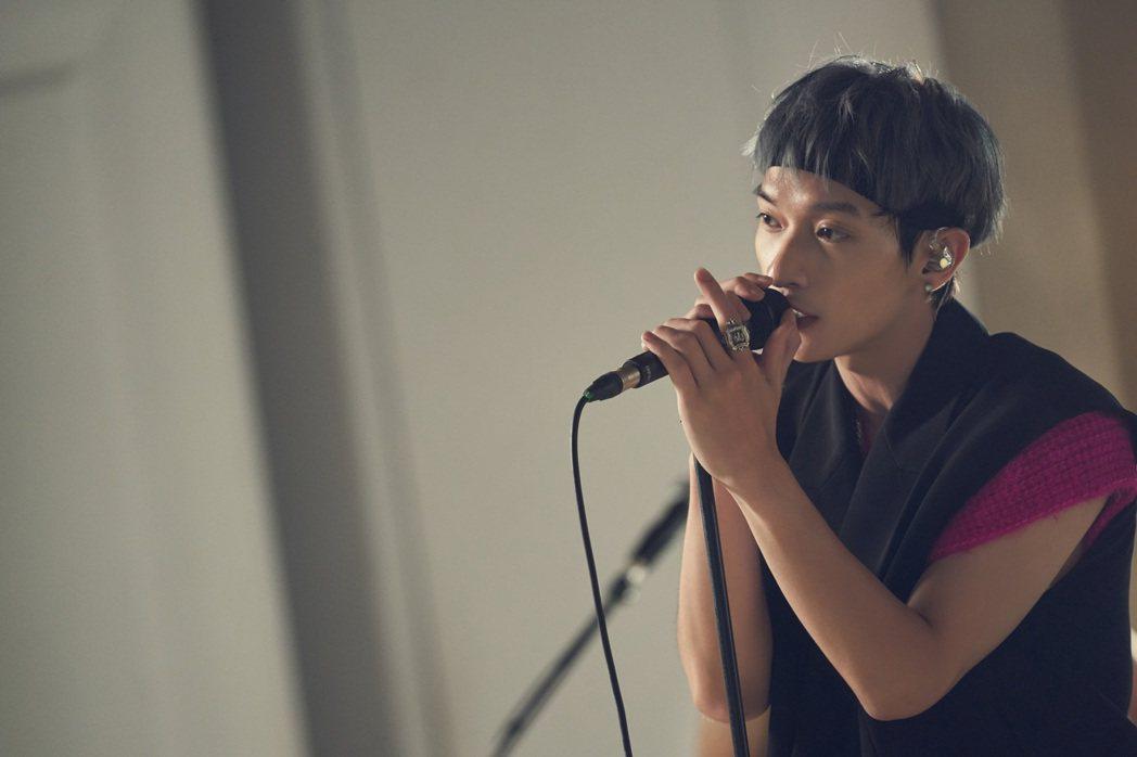 主唱Shawn也是徐若瑄的吉他老師。圖/索尼音樂提供