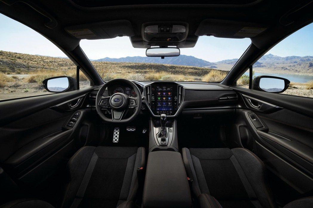 11.6吋高解析度大型觸控螢幕並搭載STARLINK多媒體車載系統(自排版本)。...