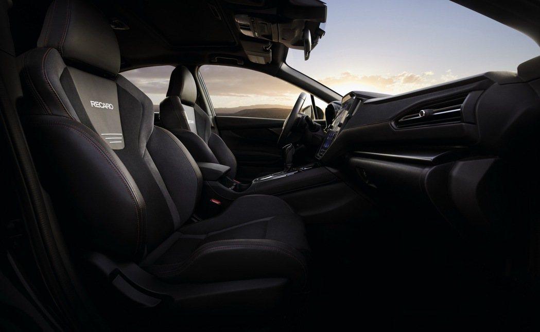 美規WRX GT車型則提供更多的高級內裝配備,包括雙前座Recaro座椅。 摘自...