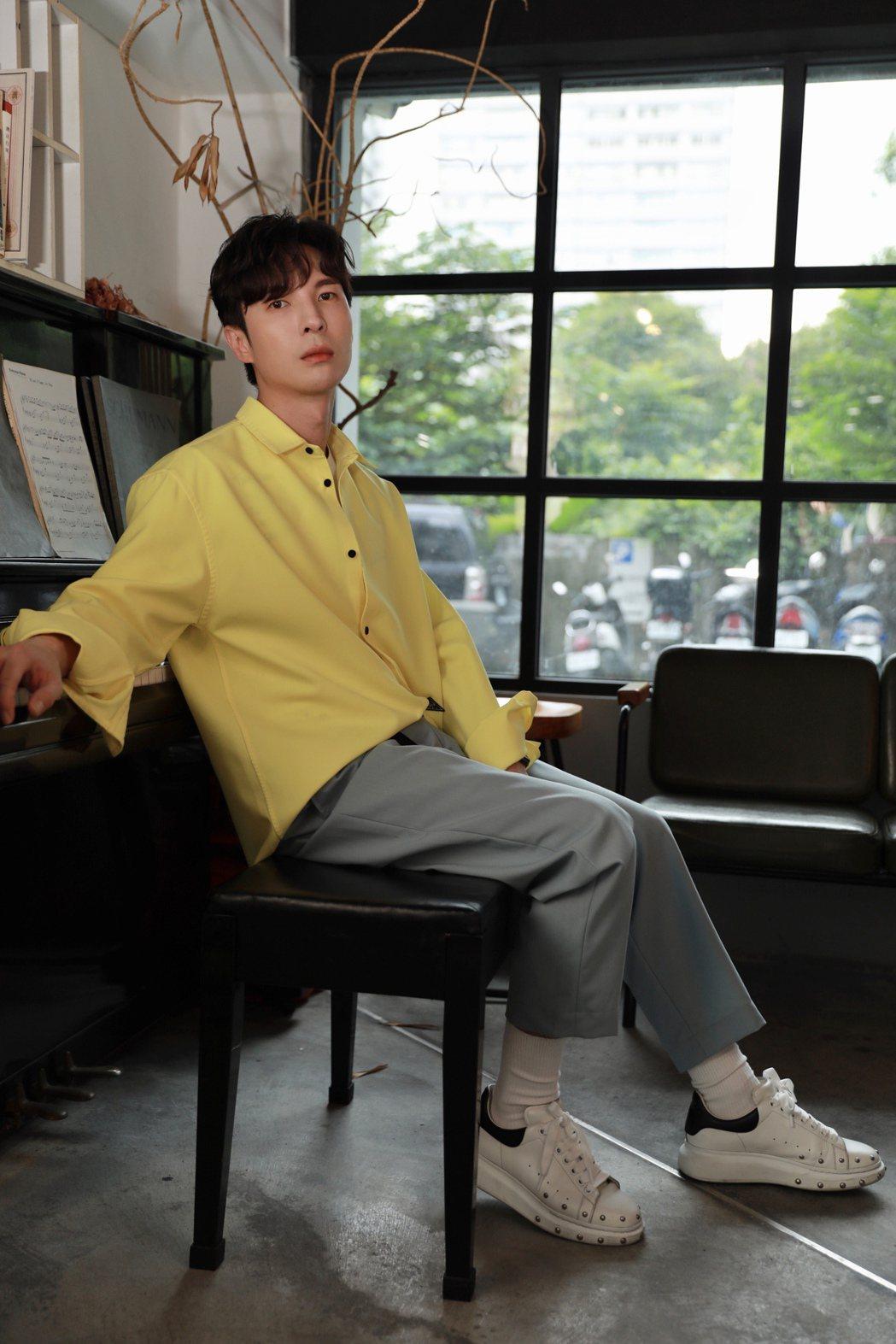 陳勢安為新專輯「唯一想了解的人」擔任音樂總監。圖/索尼音樂提供