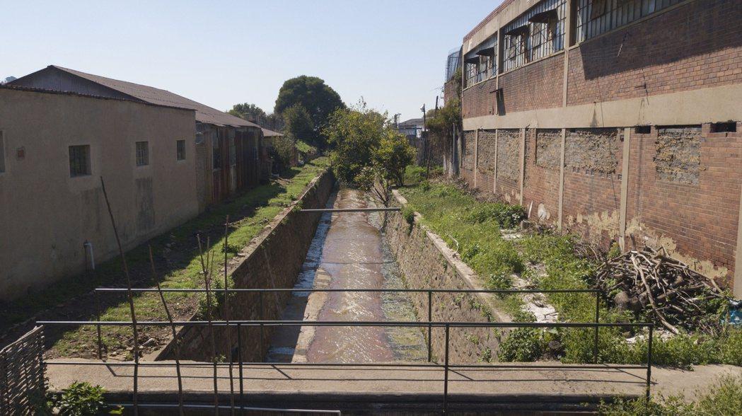 南非大城面臨水資源汙染危機。(本報系資料庫)