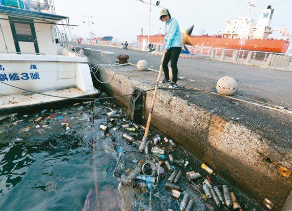 熱愛海洋的Azure團隊執行長陳思穎用工程的角度思考怎麼解決垃圾的問題。記者劉學聖/攝影