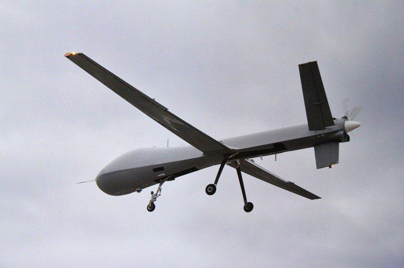 「騰雲專案」研發的長滯空無人機,近期飛試時頻頻曝光。圖/取自中科院影片