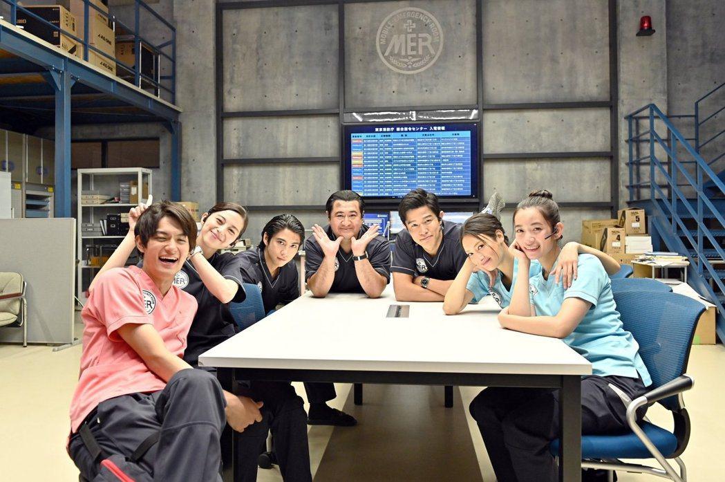 「TOKYO MER」團隊深受觀眾喜愛。圖/摘自推特