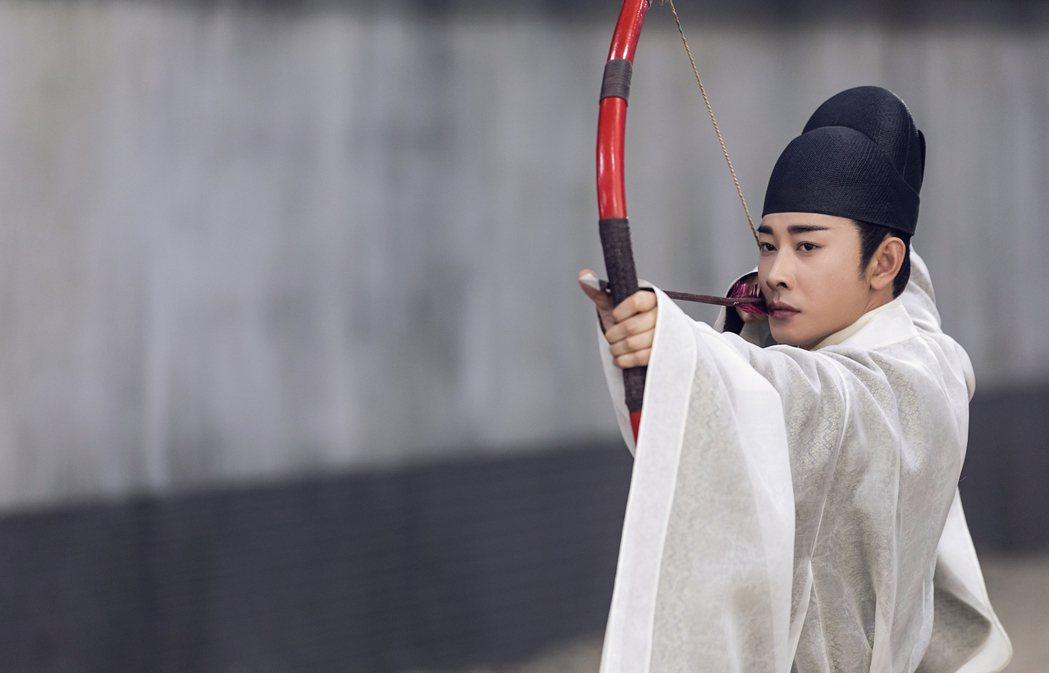 羅晉在「鶴唳華亭」中的角色,常為保護別人而犧牲自己。圖/緯來戲劇台提供