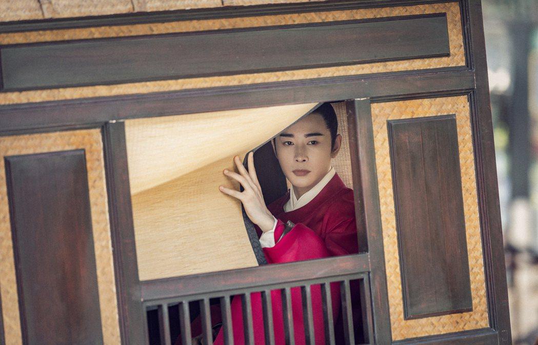 羅晉在「鶴唳華亭」劇中飾演陷入權謀鬥爭的太子。圖/緯來戲劇台提供