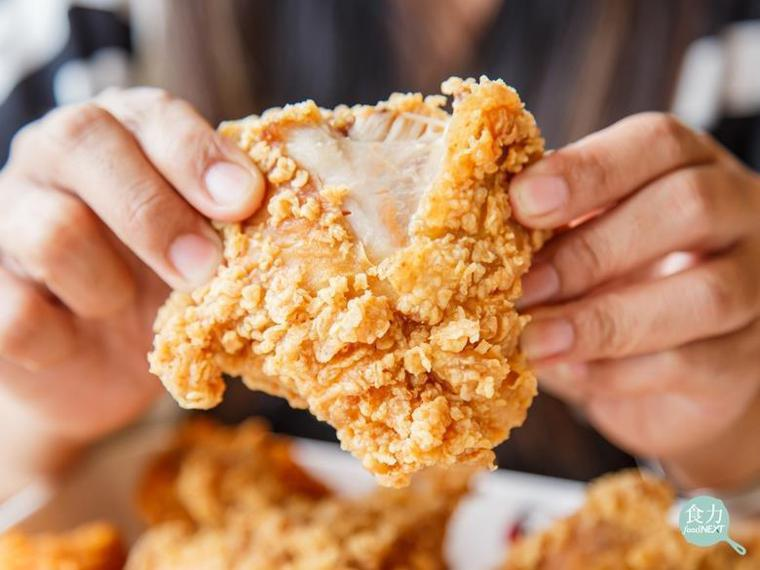 說到速食店的熱銷商品,你一定會想到炸雞、雞塊......等等這些以雞肉作為原料製...