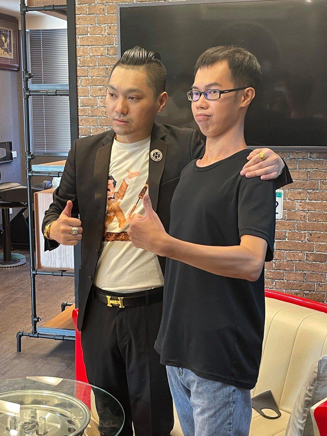 連千毅心疼鄧佳華一直遭網友酸。 圖/擷自臉書。
