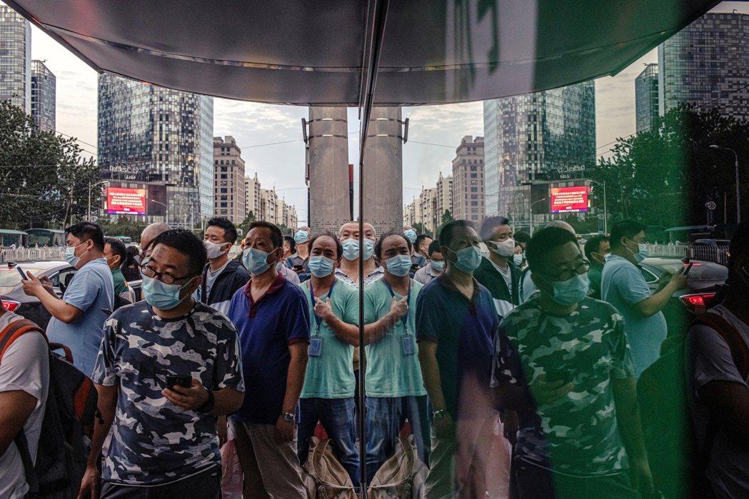 示意圖,此為北京民眾。 圖/歐新社