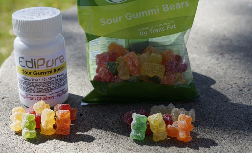 「這樣的包裝與造型,兒童分辨得出來是否包含大麻成分嗎?」許多大麻食品都會做得像是...