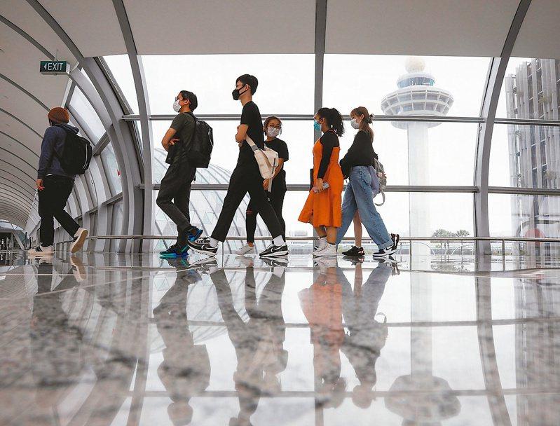 圖為新加坡樟宜機場。路透