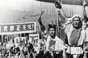趙君朔/重返毛澤東老路:習近平的下一步?