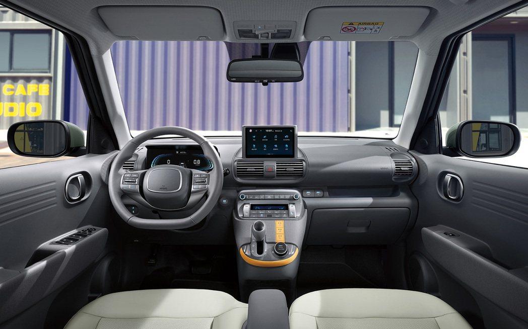 全新Hyundai Casper內裝取消中船設計,讓車室俱備空間使用的靈活性。 ...