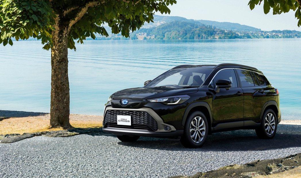 Toyota喊出Corolla Cross要在日本年販售4,400台。 摘自To...