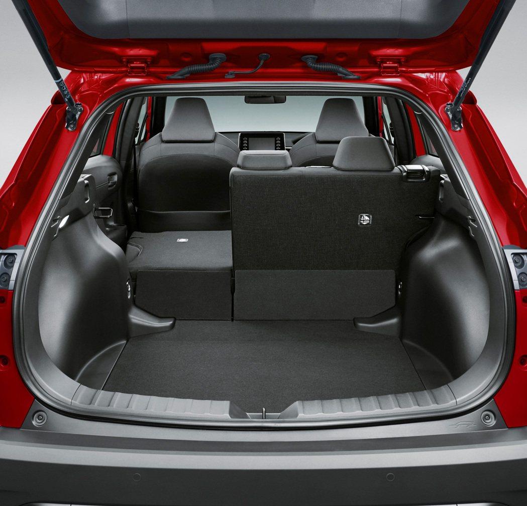 Corolla Cross提供了487升行李廂容量。 摘自Toyota