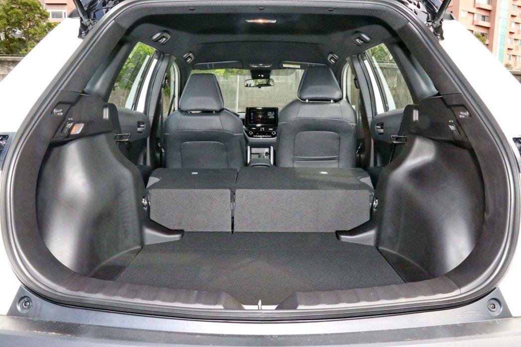 空間仍是Corolla Cross的強項。 記者陳威任/攝影