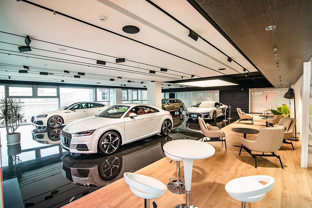 全新Audi濱江展示暨服務中心採五層樓高與地下三層的建造設計,據點提供完整新車展...